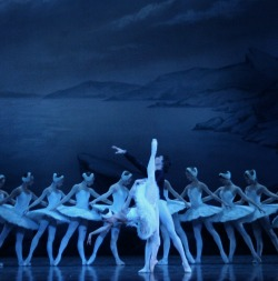 "<h2><Font color=""#5D87A1""> Moscow City Ballet - Swan Lake"