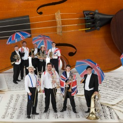 "<h2><Font color=""#5D87A1"">Last Night of the Proms<br></h2>Performed by the Royal Philharmonic Orchestra<br><br>"