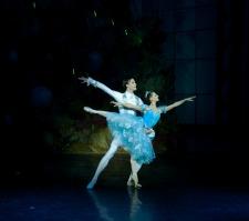 "<h2><Font color=""#5D87A1"">Nutcracker<br></h2>Performed by the Saint Petersburg Classic Ballet <br><br>"